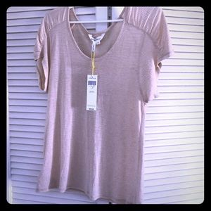 BCBG Generation NWT Beige T Shirt in Medium